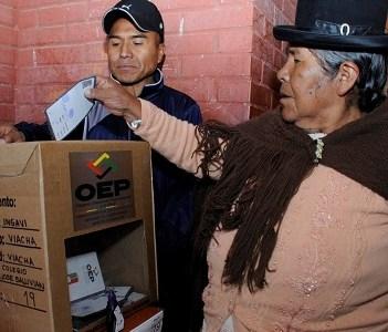 Recurso de Protección contra Piñera y Allamand por afectar derechos políticos de bolivianos residentes