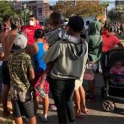 Caótica situación en Plaza Brasil Iquique. Gobernador afirma que no fue desalojo, sino un proceso de recuperación del espacio público