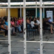 Defensoría Penal y Gendarmería conmemoran Día de la Mujer en Penal de Iquique, junto a una 200 internas que cumplen condena.