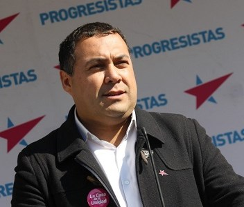 Impuesto a los Súper Ricos: PRO insta al Parlamento a actuar con diligencia y no aceptar presiones de grupos conservadores