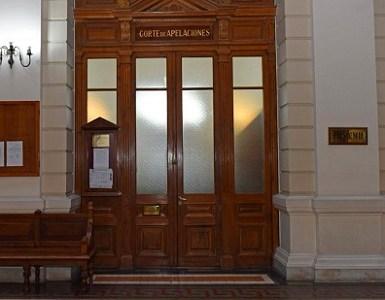 Corte de Santiago confirma fallo que condenó al fisco a pagar indemnización por extravío de cuerpo en el SML