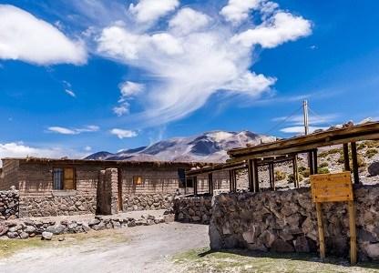 Termas de Enquelga se preparan para la reactivación del turismo con nueva infraestructura para recibir a los visitantes