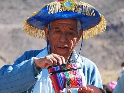 Fallece Salvador Cayo destacado dirigente aymara y caporal histórico del baile Morenos de Usmagama, el más antiguo del norte de Chile
