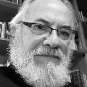 """""""Vida y Muerte Ajena"""" es el nombre del nuevo libro de Iván Vera Pinto, que será lanzado en forma virtual"""