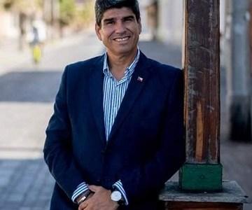 """Álvaro Jofré, Constituyente oficialista: """"Llego sin prejuicios a la Convención"""" y espera una participación ciudadana íntegra"""