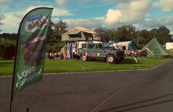 Campervans and Bell Tents on our Premium Pitches