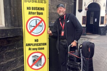 Against Ban on Amplification at Edinburgh Fringe