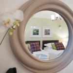The McDonald Residence Superking or Twin bedroom reflected in mirror