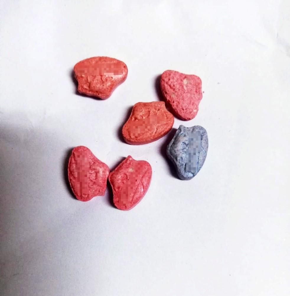 4 ayrı uyuşturucu baskını: 8 zanlı yakalandı