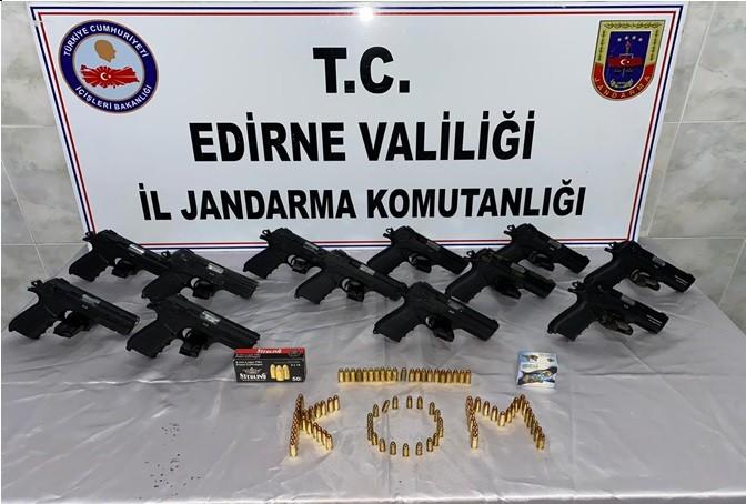 Edirne'de 12 adet ruhsatsız tabanca ele geçirildi