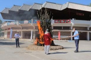 Edirne'de Kakava Ateşi sessiz sedasız yandı