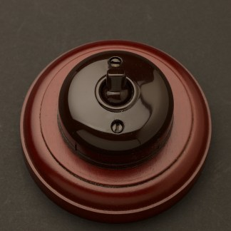 Bakelite single light switch 10 Amp