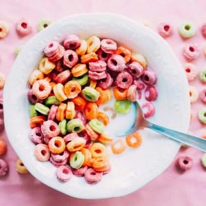 Fruit loops breakfast cereal