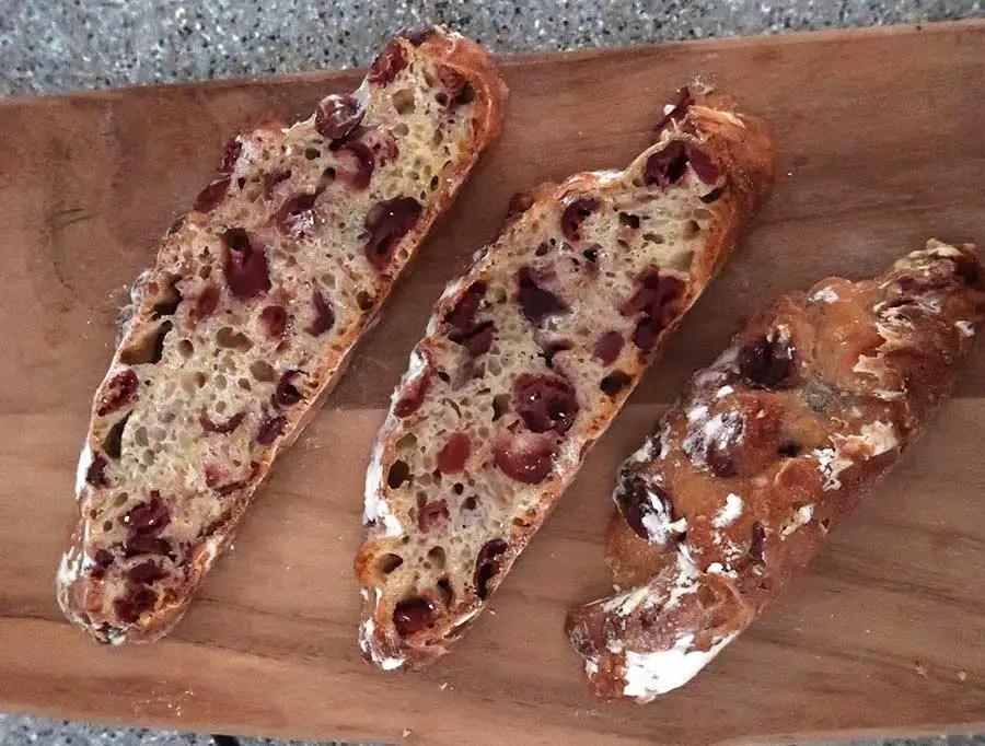 cranberry-and-orange-bread-100