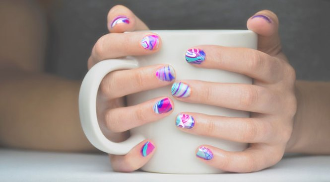 Easy Water Marble Nail Art