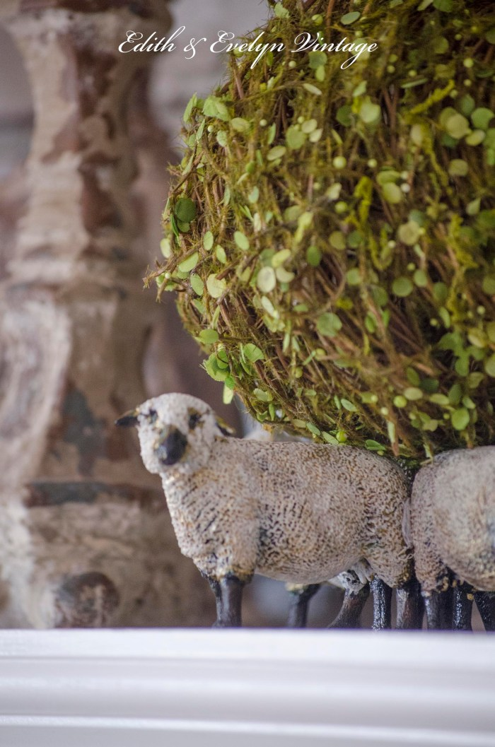 DIY Sheep Decor | Edith & Evelyn | https://www.edithandevelynvintage.com