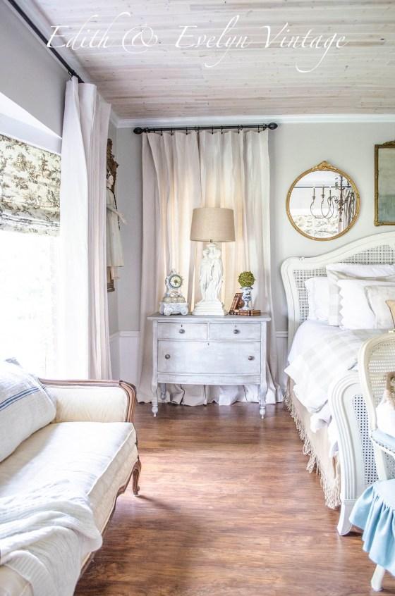 Transformation   Master Bedroom   Edith & Evelyn Vintage   www.edithandevelynvintage.com
