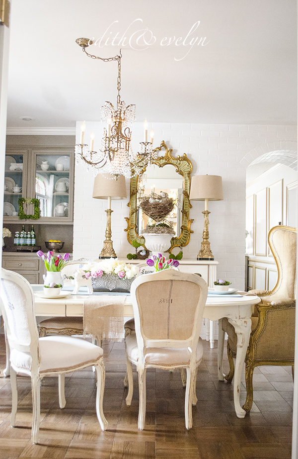 Spring Decorating | Edith & Evelyn Vintage | www.edithandevelynvintage.com