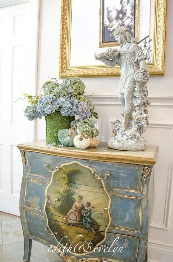 Easy Moss Bucket | Edith & Evelyn Vintage | www.edithandevelynvintage.com