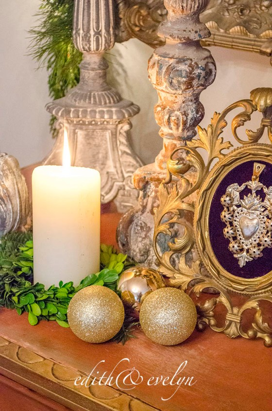A Bit of Christmas Glam | Edith & Evelyn Vintage | www.edithandevelynvintage.com