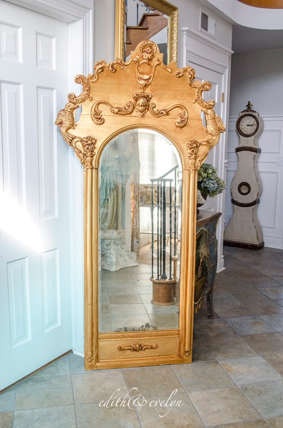 An Antique Pier Mirror | Edith & Evelyn | www.edithandevelynvintage.com