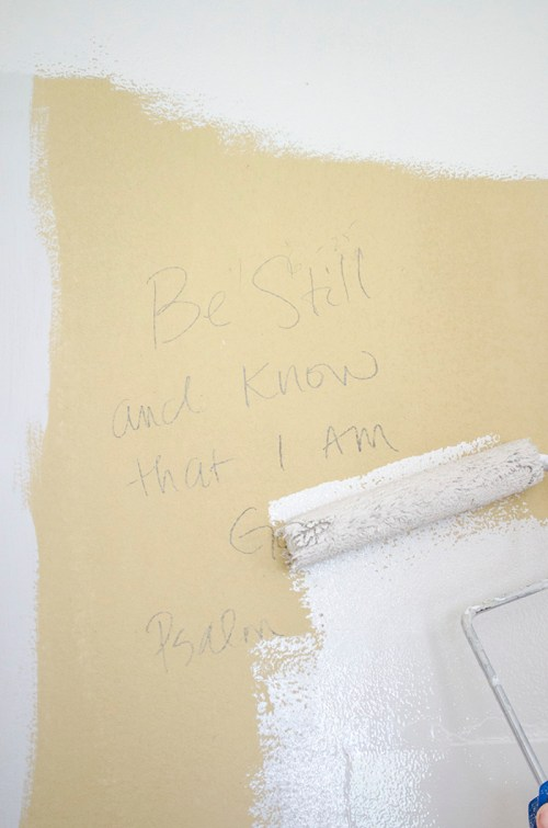 Writing on the Walls | Guest Room Renovation | Edith & Evelyn | www.edithandevelynvintage.com