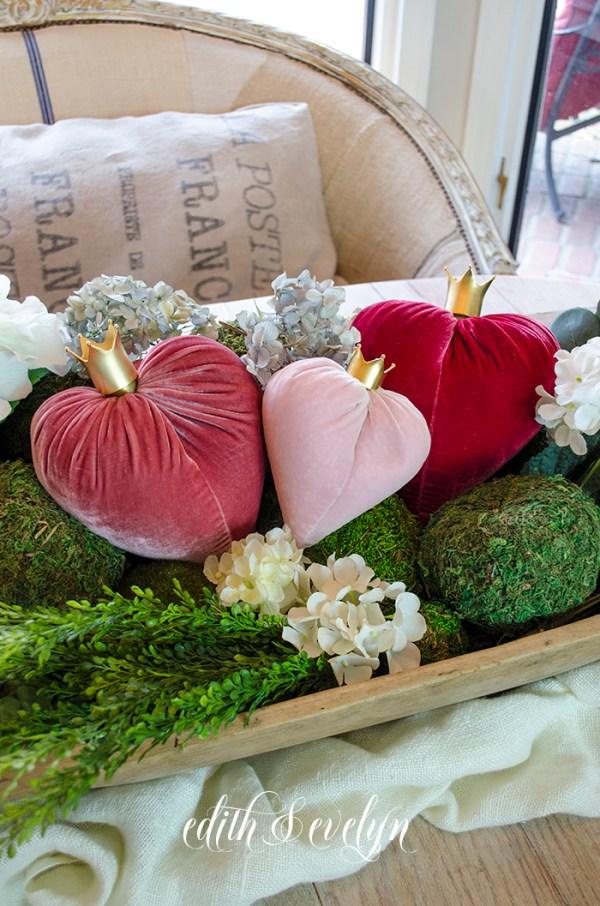 Velvet Hearts   Edith & Evelyn   www.edithandevelynvintage.com