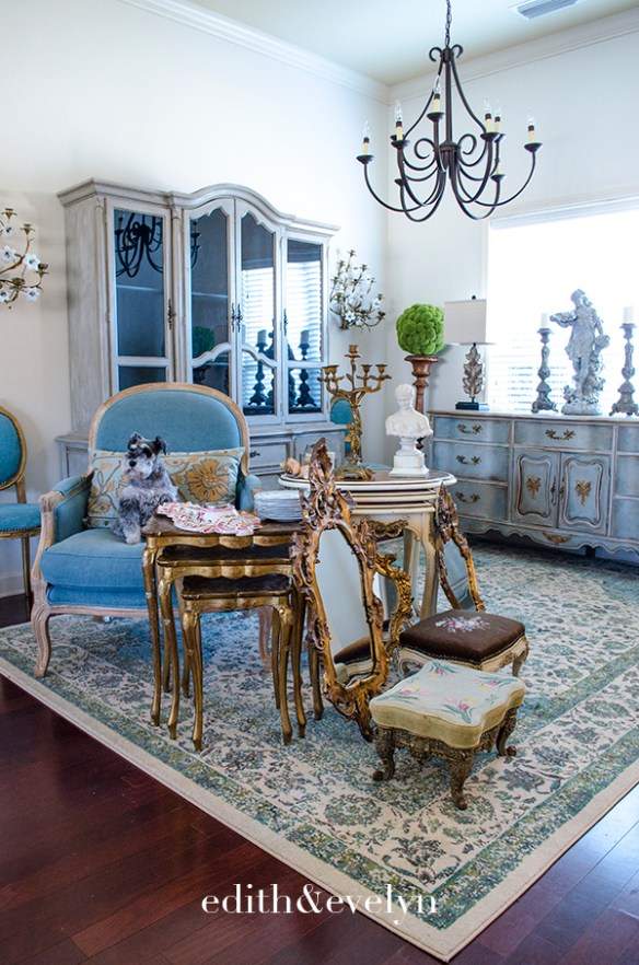 Antique Shopping in Miami | Edith & Evelyn | www.edithandevelynvintage.com