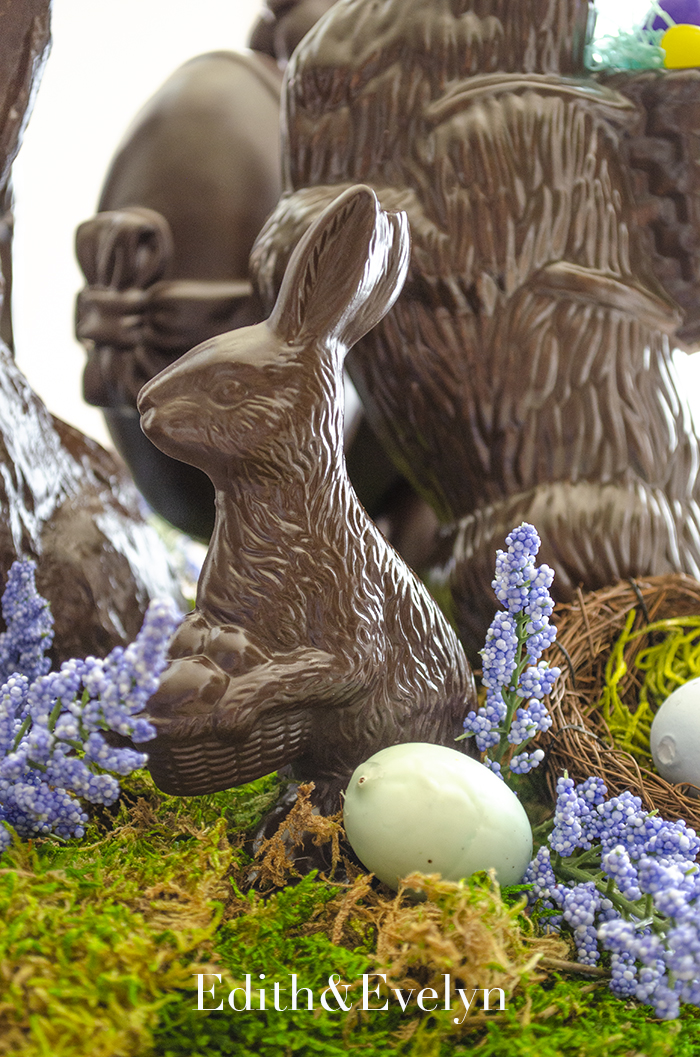 Faux Chocolate Bunny Centerpiece | Edith & Evelyn | www.edithandevelynvintage.com