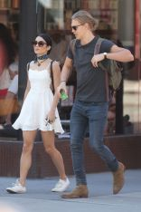 vanessa-hudgens-and-austin-butler-out-in-new-york-06-24-2015_1