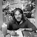 Buchautor Wolfram Hänel bei einer Lesung.