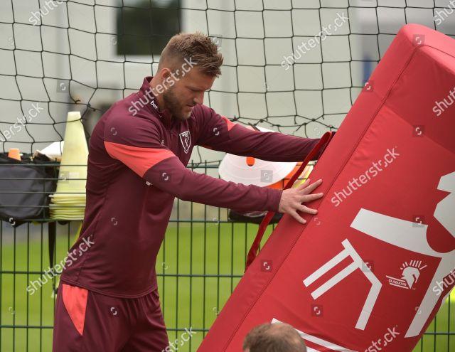 Andriy Yarmolenko West Ham United during training Redaktionelles Stockfoto - Stockbild ...