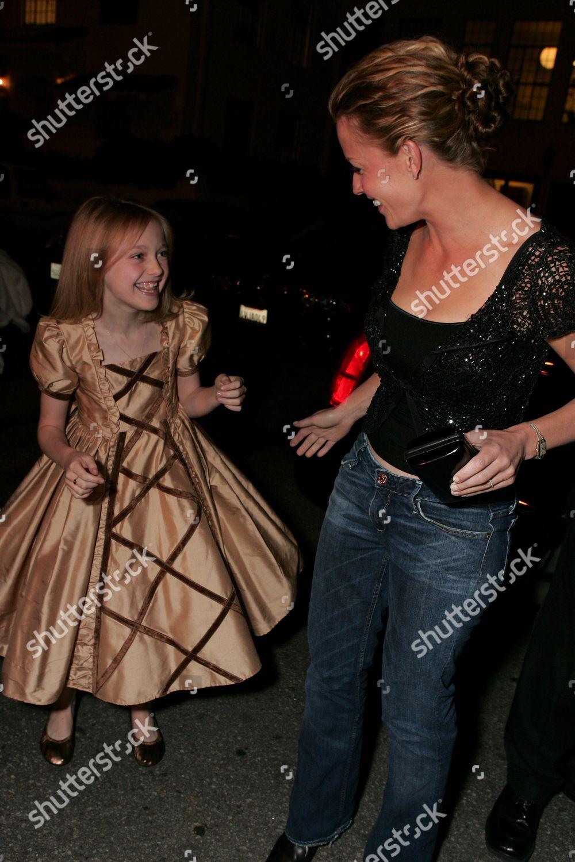 Dakota Fanning Elisabeth Shue Editorial Stock Photo Stock