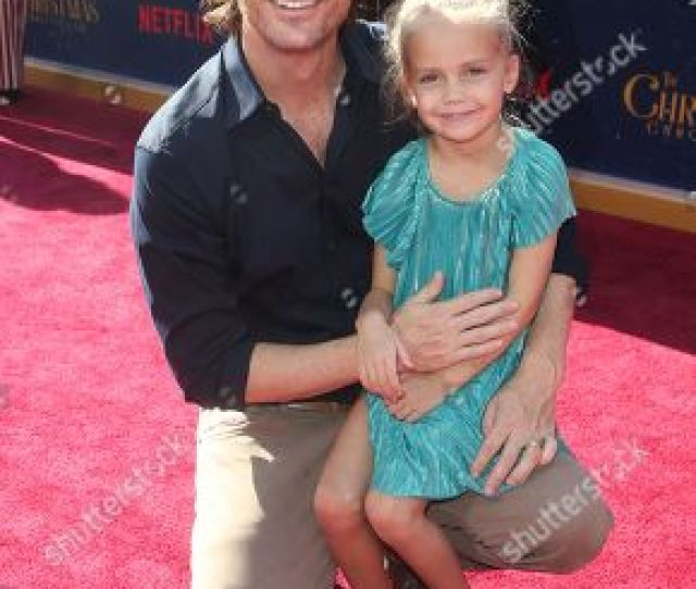 Daughter Of Oliver Hudson Stock Pictures Editorial Images And