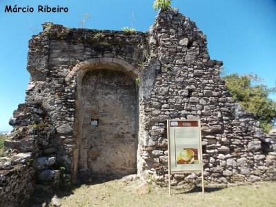 Ruínas do Abarabebê: Detalhes de um patrimônio abandonado