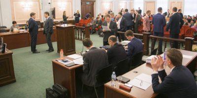 Rússia proíbe atividades das Testemunhas de Jeová