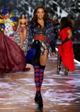 2018 Victoria's Secret Fashion Show 67