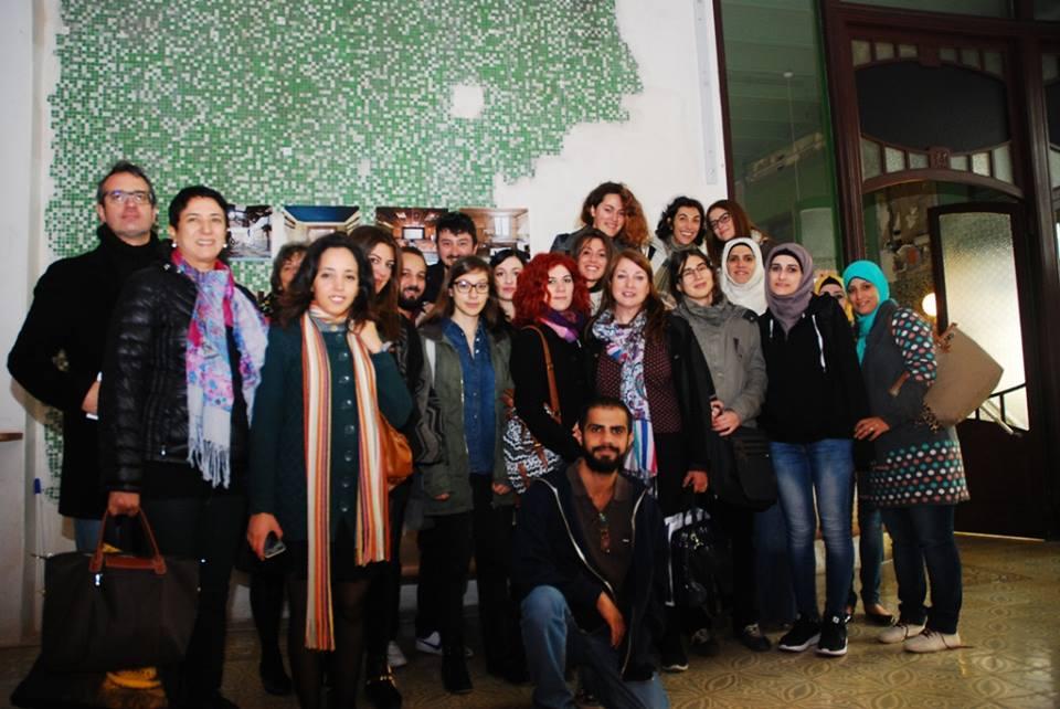 """A Sea of Words"" premia la siriana Noor Hariri"
