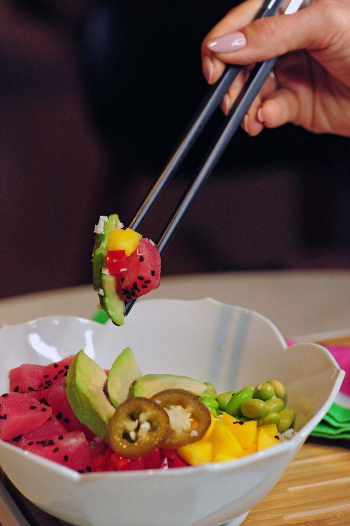 Gracie Carroll - Vibrant Avocado and Tuna Paleo Poke Bowl Recipe