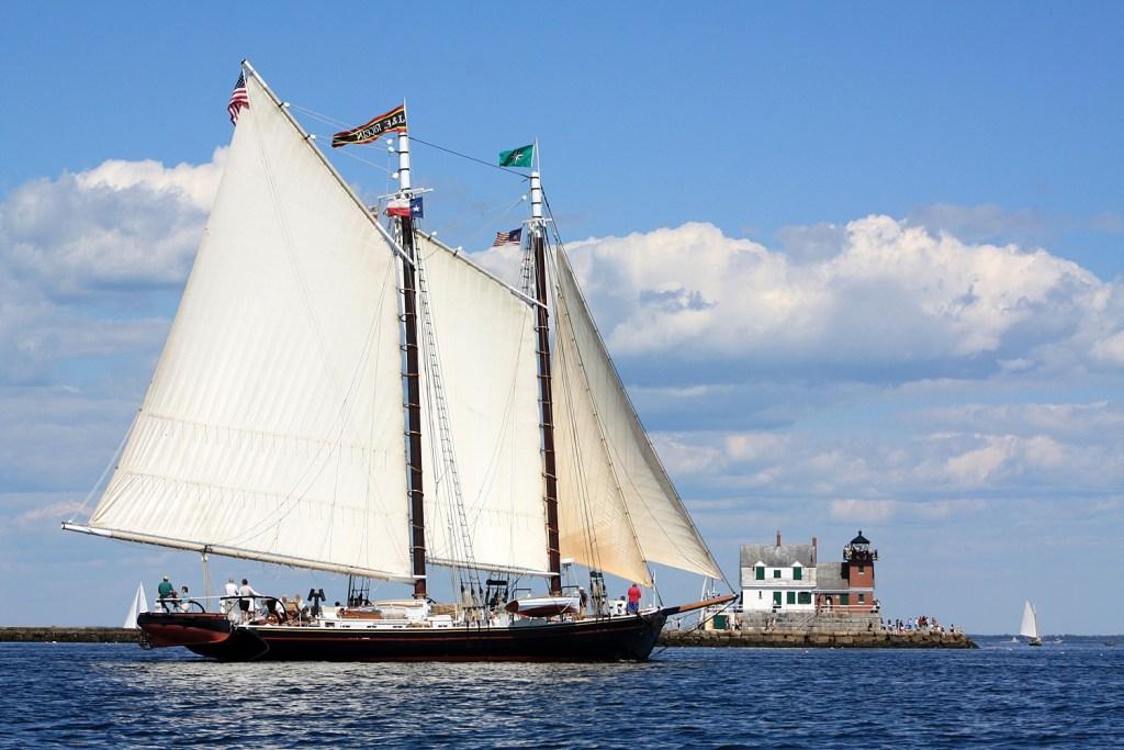 Maine Windjammer J&E Riggin Schooner