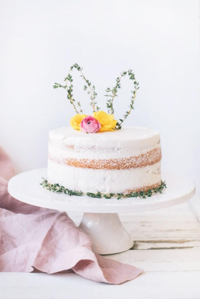 blondie-locks-bunny-ear-naked-cake-1