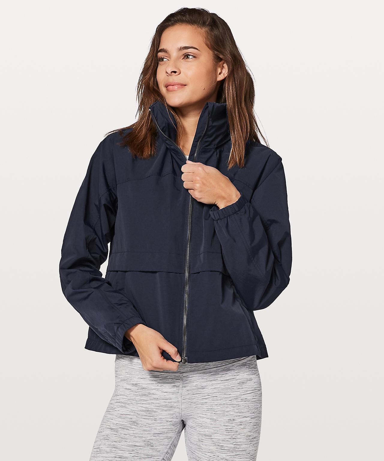 lululemon effortless jacket edit seven 2018 toronto
