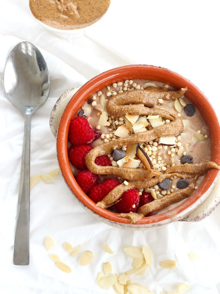 Smoothie-Bowl-Recipe-Beverley-Cheng