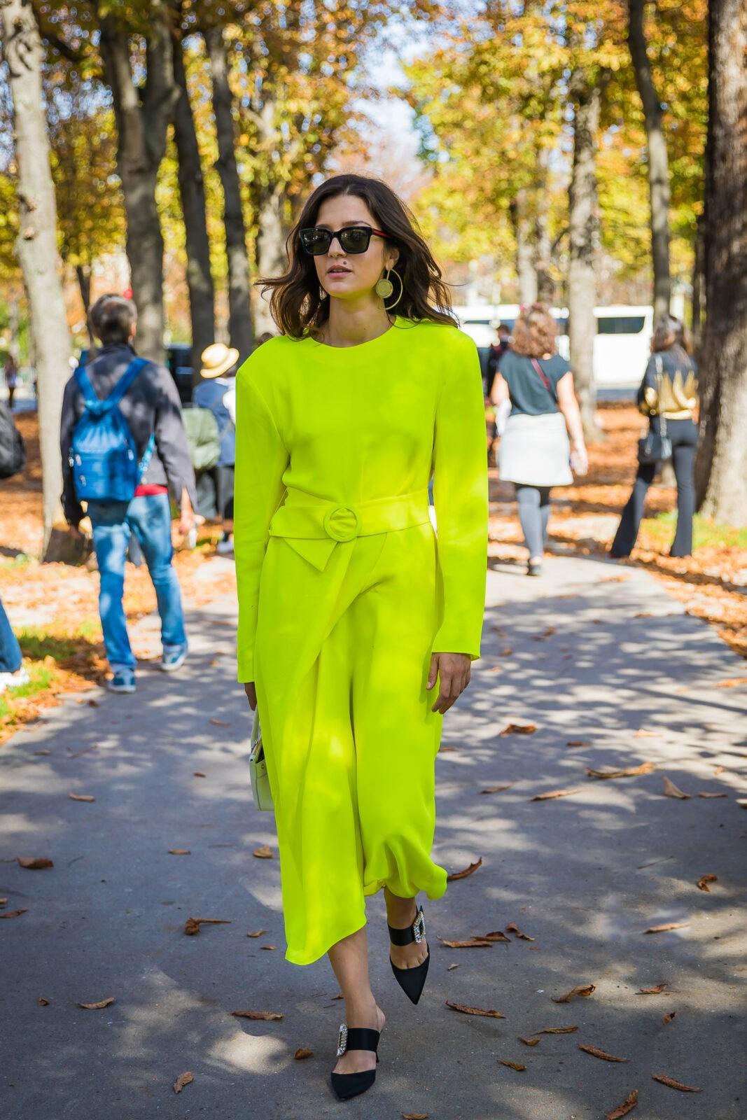 Eleonora Carisi neon stylebook editseven