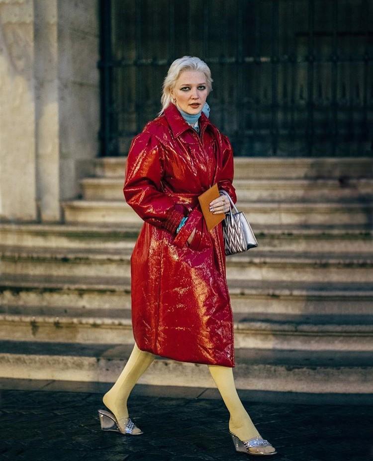 lotta volkova raincoats stylebook editseven