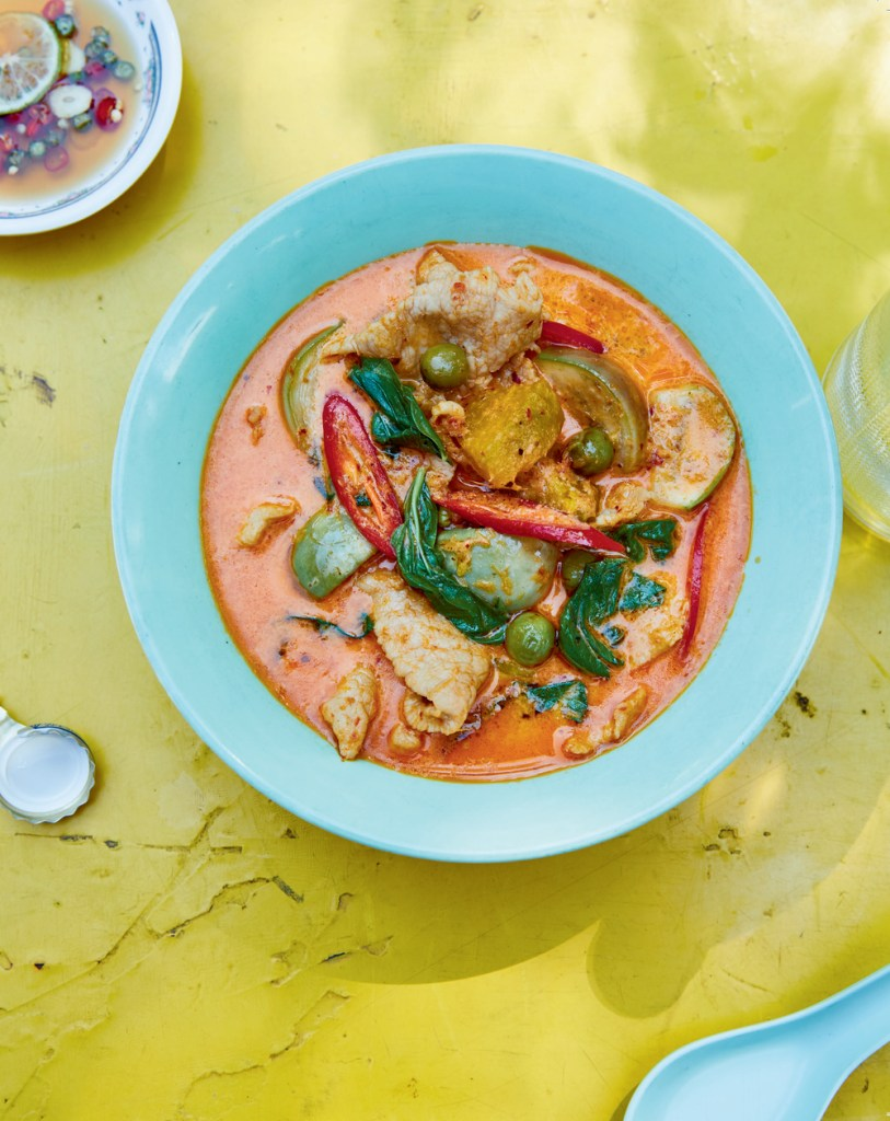 thai red curry pork recipe - kiin cookbook