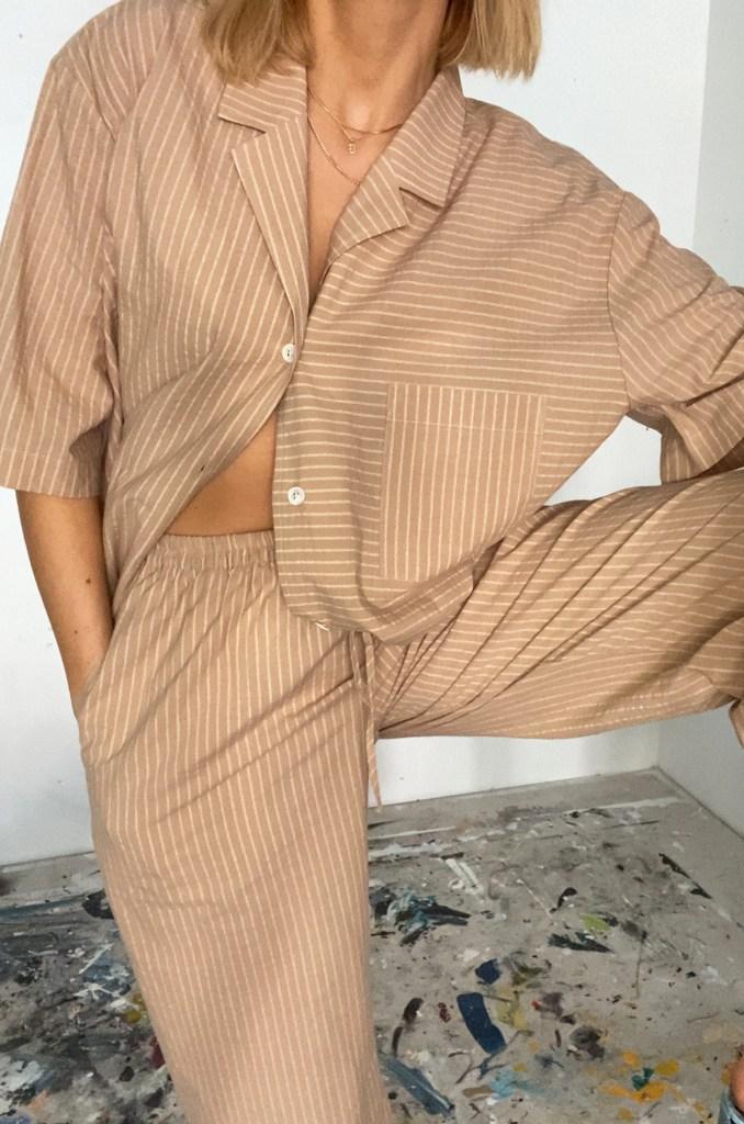 tan stripe set