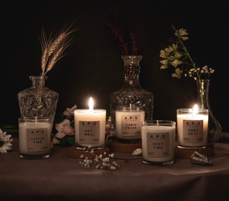 gifts for thanksgiving host - apothegeri candles