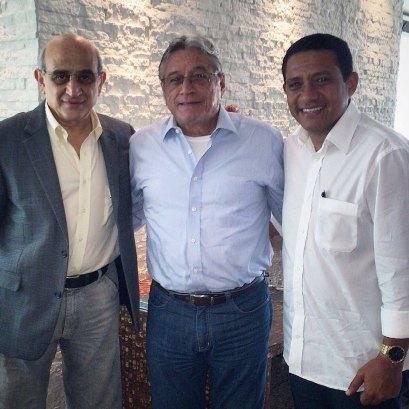 """German, Teo e Julio em encontro """"casual"""" em Maceió, no dia 15 de setembro de 2014"""