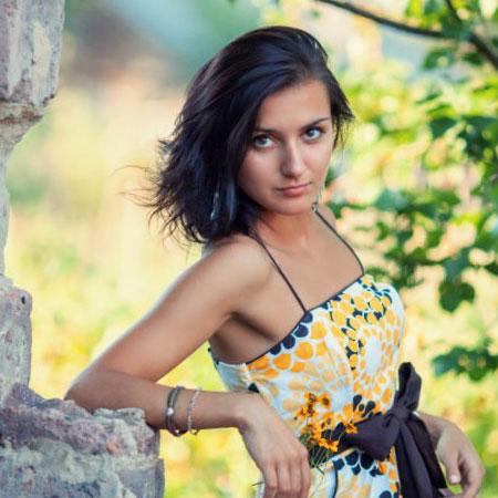 Yuliya Viyuk via Google